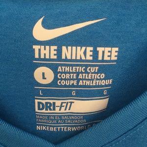 Nike Dri Fit Tee-Blue size large